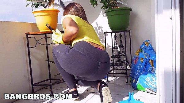 Videos desexo metendo o ferro na empregada gostosa depois da faxina
