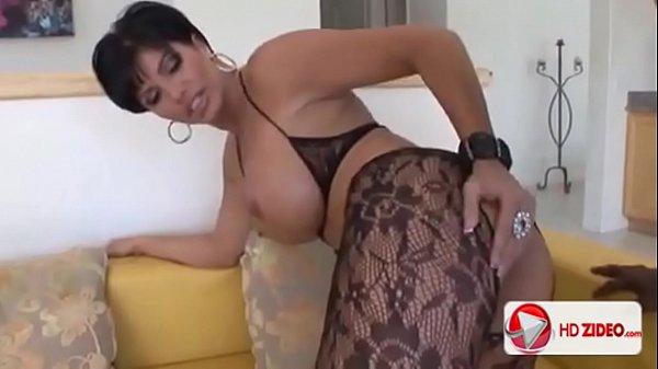 Xvideoe morena milf fazendo sexo com negão roludo