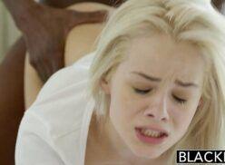 Xvideospornoblog loirinha linda sofrendo com a piaba do negrão