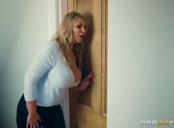 Red tub categorias mamãe querendo saber o que seus filhos estão fazendo atrás da porta