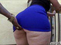 Videos porno assistir branquinha rabuda fodendo com negro dotado