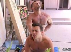 Gays safados fodendo na mansão