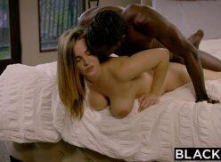 Videos porno playboy da Natasha Nice