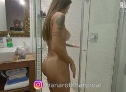 Xvideosamadora dando bucetinha no banho pro cunhado