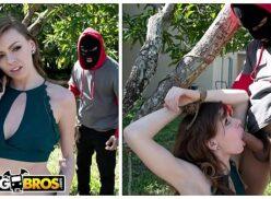 Tubporno bandido obriga novinha a foder com ele no quintal de casa